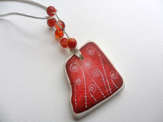 Hand painted - sea pottery & red agate necklace - Sterling silver - delicate swirls