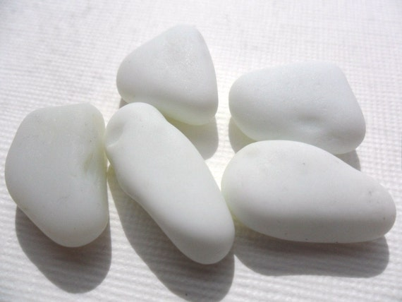 5 lovely smooth pieces of white and grey/white MILK sea glass from Northern England