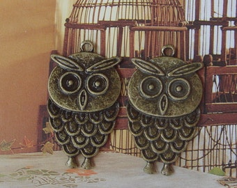 6 Pcs Antique Brass Lovely Owl Charm, NICKEL FREE