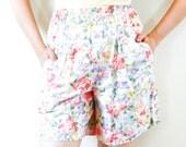 Pastel Floral High Waist Granny Shorts Pockets Ladies Small / Medium