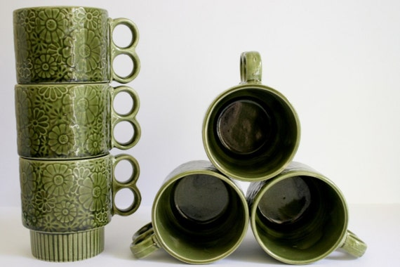 SALE Set of 6 Ceramic Green Daisy Stacking Mugs Made in Japan