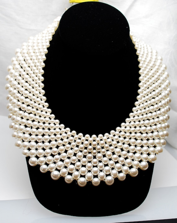 Vintage Glamorous Pearl Collar Necklace