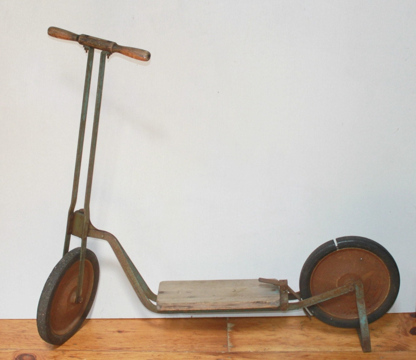 Antique Circa 1920s Wood Amp Metal Scooter