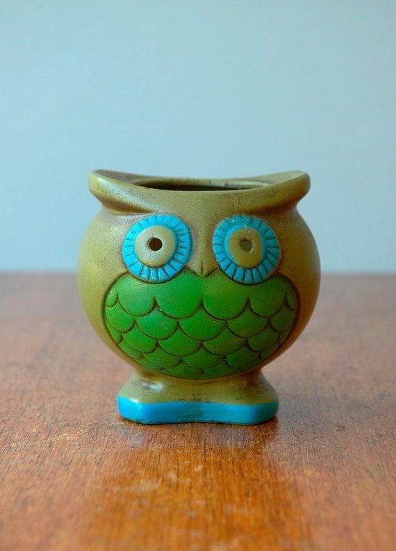 Retro 70's Owl