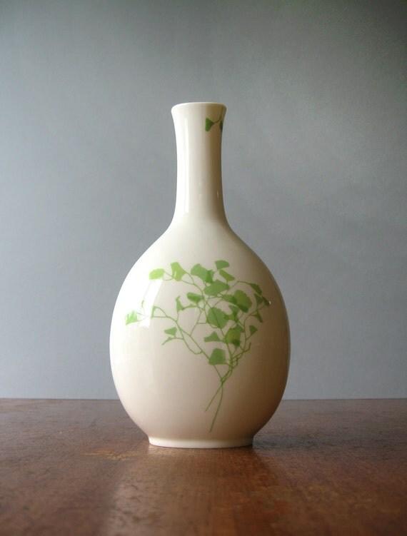 Vintage Vera for Mikasa Vase - Lacy Fern Green