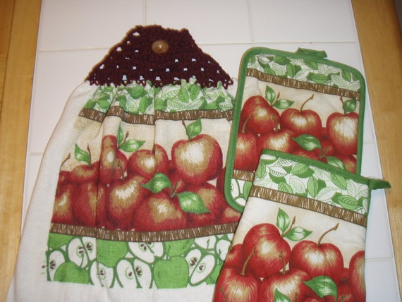 Apple Crocheted Top Hanging Dish Towel (Double) 3pc Set