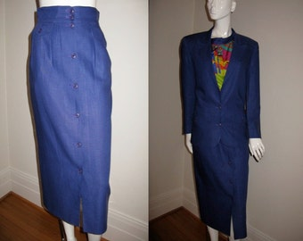 Vintage 1980s Gucci Italian Designer Linen Skirt Suit with Gucci Buttons on Both