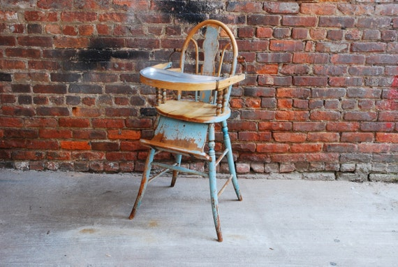 Old Farm House Antique High Chair / Free NYC Curbside Delivery