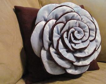 VICTORIA ROSE Flower Pillow Rose Pattern Felt Rose with 2 Bonus Pillow Covers Tutorial PDF ePattern How To