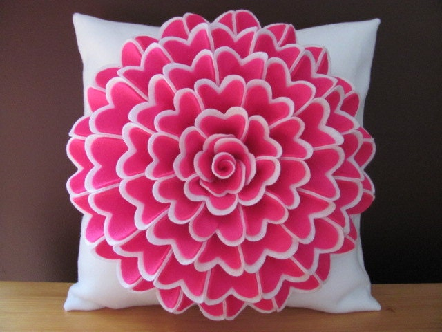 Free Crochet Patterns Flower Pillows : Felt Flower Pillow Pattern ISABELLA FLOWER Pillow Pattern with