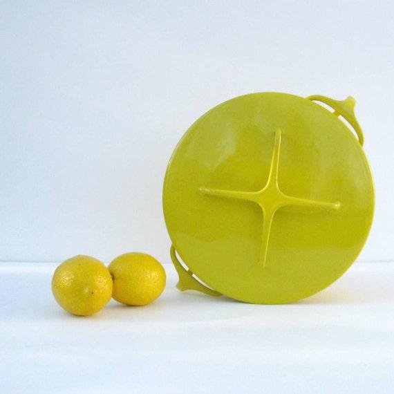 1960s Dansk Kobenstyle Large Dutch Oven - Lemon Yellow Enamel- IHQ Jens Quistgaard - Four Ducks Mark