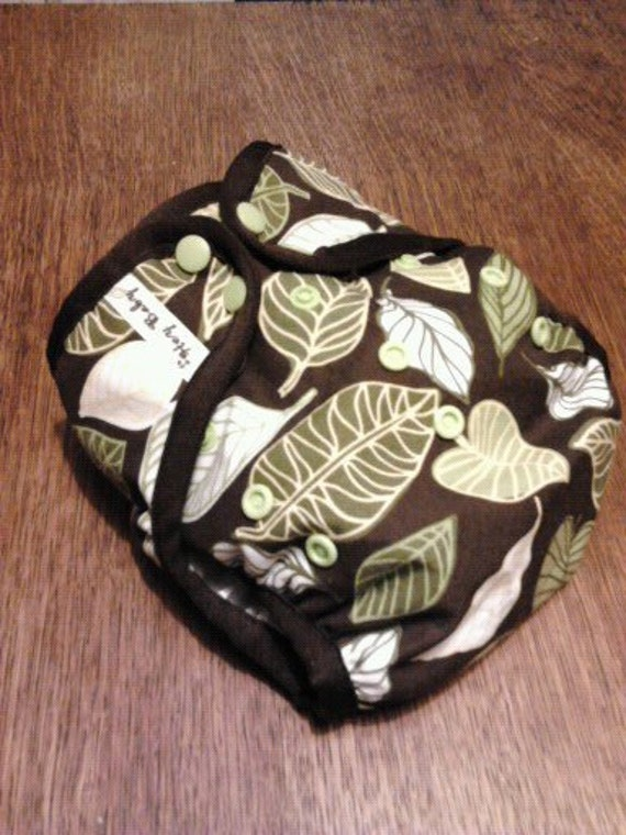Bumpin' Bum cloth diaper cover (one size fits all) -Leafy Leaf-