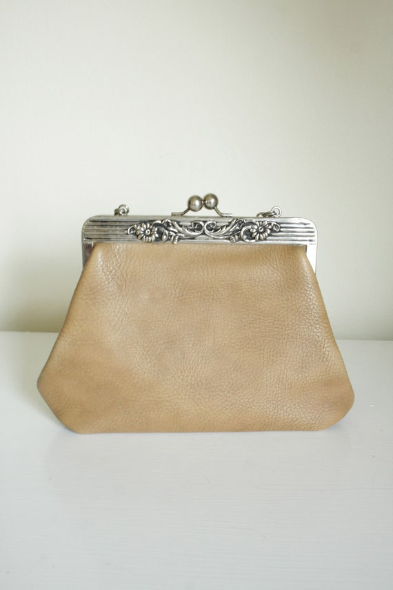 vintage 40s brown leather purse