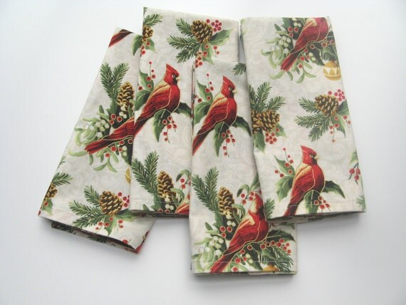 Cardinal Christmas Napkins, Ivory Cloth Holiday Fabric, 18 Inch, Set of Four