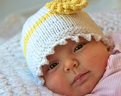 Baby Hat and Booties, size 0-6 months, Yellow Daisy, gift set, Handmade Knitting