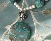 Earthtone Crackle Agate Pendant Necklace with Green Agate Beads and Four Leaf Clover Beads