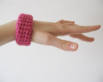 chunky crochet bracelet / bangle / cuff - hot pink