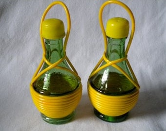 20% OFF  Salt and Pepper Shakers Green Glass Yellow Rubber