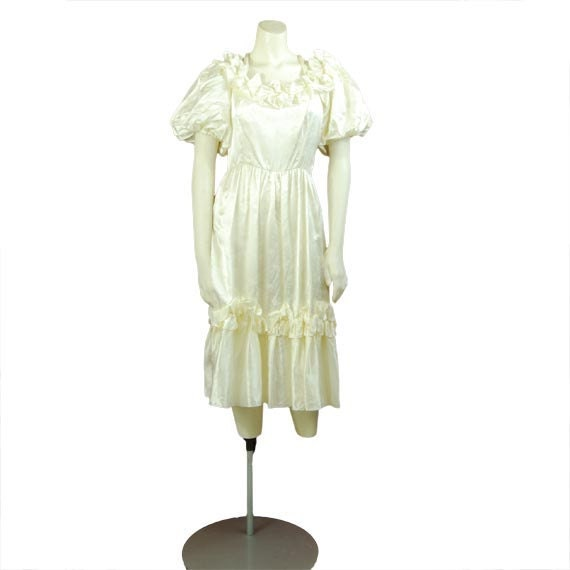 Bride of Frankenstein White Damask Vintage Satin Dress Halloween Costume Medium