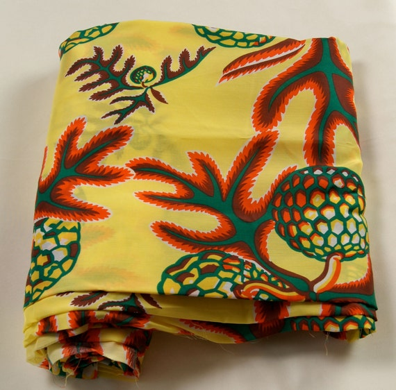 8 Yds -Rayon- Hawaiian Printed Fabric 1940s, 1950s,  -Mid Century- Design
