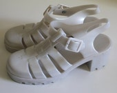 vintage white jelly shoes with heel 1990's