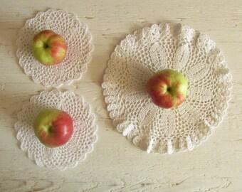 Crochet White Round Flower Doily set