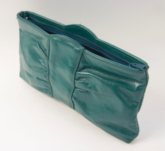 80's green leather clutch handbag