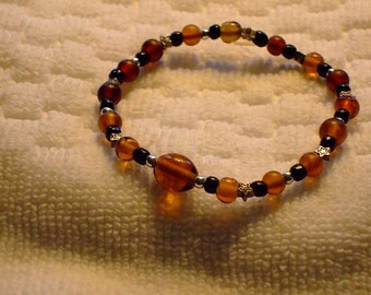 Brown beaded bracelet