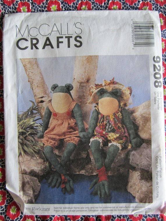 UNCUT 1998 McCalls Craft Sewing Pattern..9208..Stuffed Frogs