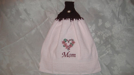 Mom Flower Heart (pink) - Embroidered crochet topped hand towel (Free USA Shipping)