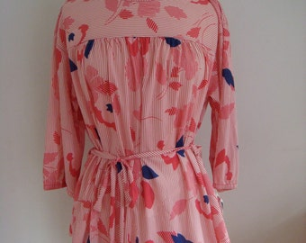 Vintage 1960s Tiger Lily tunic blouse