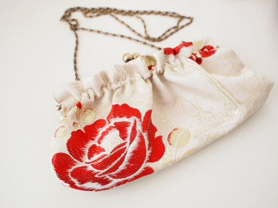 "Vintage kimono 8"" (20cm) metal frame clutch bag with chain-  rose, cream red"