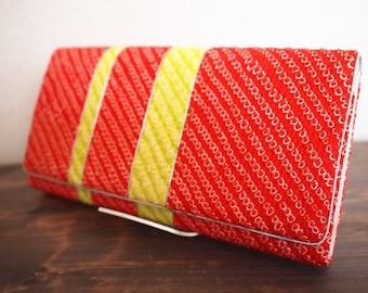 SALE! was 30 dollars - Japanese vintage Shibori tie-dye kimono/Obi fabric red silk clutch bag - Kyoto