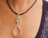 Wire Necklace -  Doubble loops flat silver