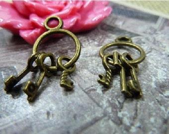 10 pcs 13x24mm  The Key Antique Bronze Pendant