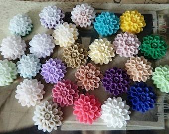 160pcs 16mm Mixed Lovely Beautiful Resin chrysanthemum Flower Cameo Cabochon Base Setting Pendants Charm Pendant