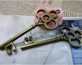 5pcs 28x68mm The Key Antique Bronze Retro Pendant Charm For Jewelry Pendant