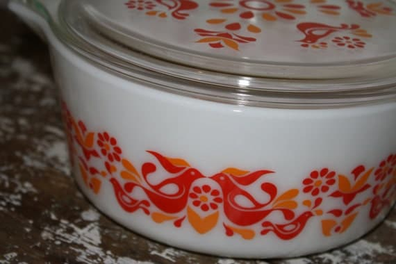 Red and OrangePyrex Casserole Dish  Friendship 2 1/2qt with Lid