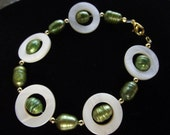 Green Freshwater Pearl and White Round Shell Bracelet and Pierced Earring Set