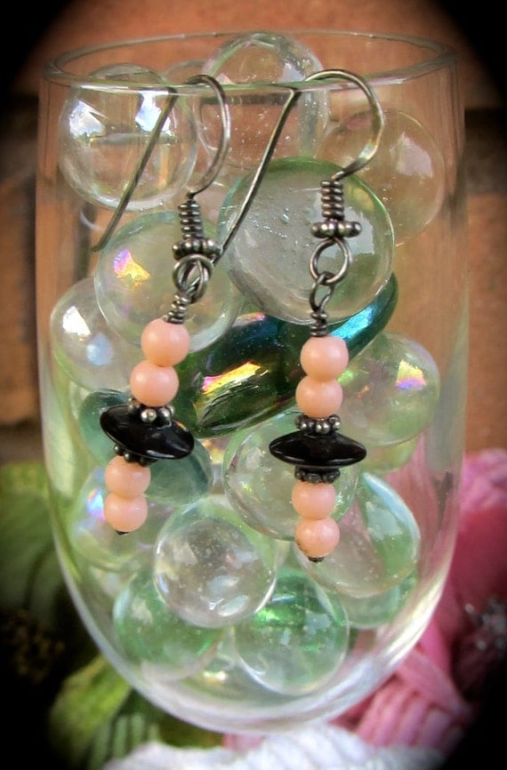 Cute Salmon Color and Black Earrings