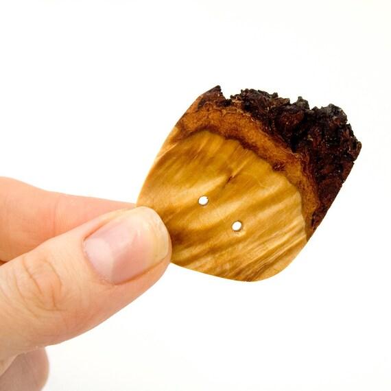Handmade Wood Button: Yellow Birch (001)