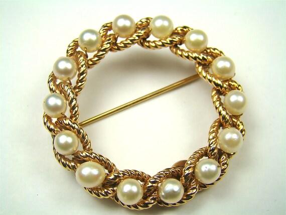 Gold Braided Brooch