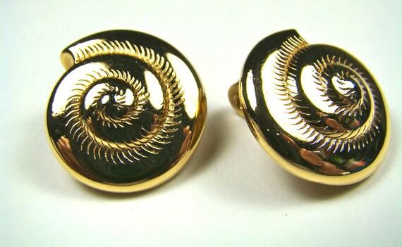 Monet Seashell Gold Earrings