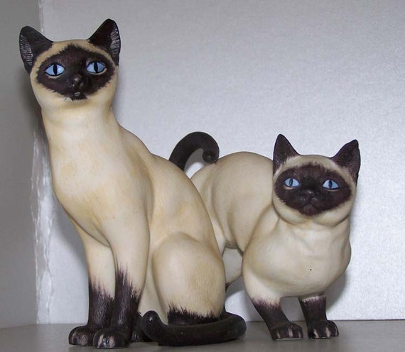 Collectible Porcelain Cat Figurines:  Andrea by Sadek  Siamese Cat