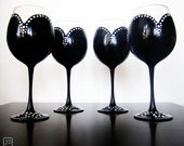 Audrey Collection - black and white Wine Glasses - set of 4 - Black with white polka dots - 20 oz large glasses