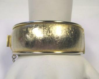Vintage Hinged Bangle Bracelet In Matte Gold Tone Finish