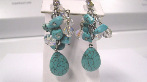 Vintage turquoise magnesite ab crystal clip on earrings in silver tone metal, Drippy Turquoise magnesite Dangle Earrings
