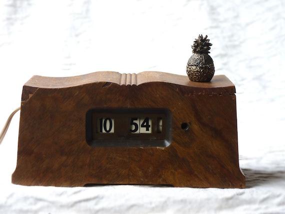 Antique Wooden Clock, General Electric Telechron, Framingham Model 8B10, 1932-1938