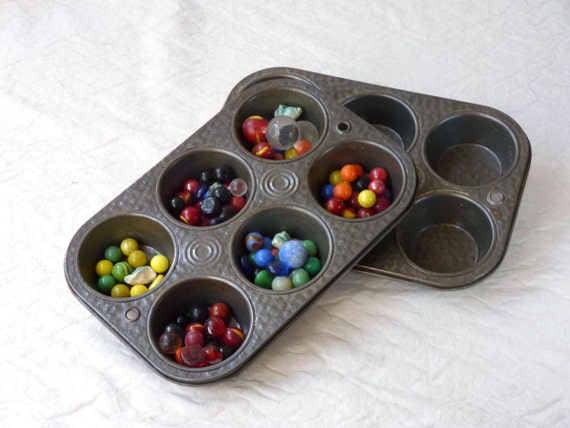 Muffin tin pair, 6 cup bake or sort