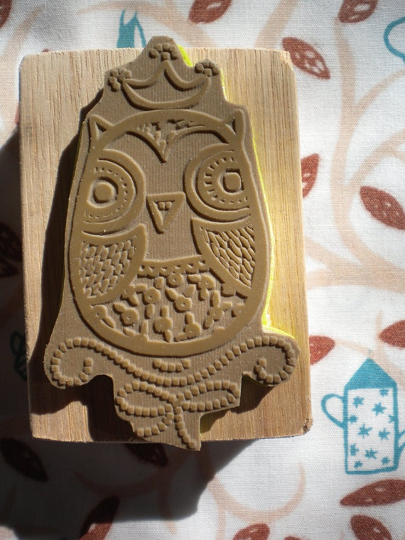 "20% off - Rubber stamp - ""Queen owl"""